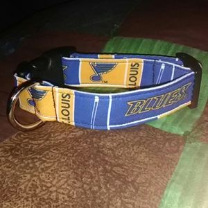 St. Louis Blues hockey collar for small dogs *NEW*